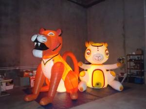 characters-and-mascots-inflatable-016
