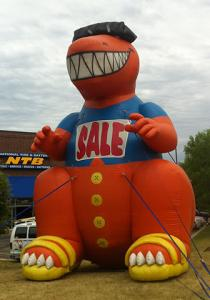 characters-and-mascots-inflatable-021