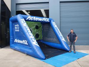 sports-interactive-inflatables-037